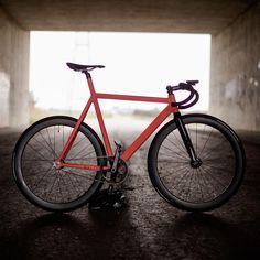 """Another frame of the #bikepunkvicious lo pro frame. #3t #singlespeed #fixedgear #fixedbike #fixed #trackbike #trackbikelife #cycling #pista #bikepunk…"""