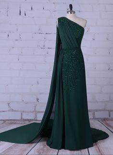 Green party long formal dress silk gem outdoor dress prom dress the b Dress Indian Style, Indian Dresses, Unique Formal Dresses, Bridesmaid Dresses, Wedding Dresses, Looks Vintage, Bridal Lehenga, Party Dress, Dress Prom