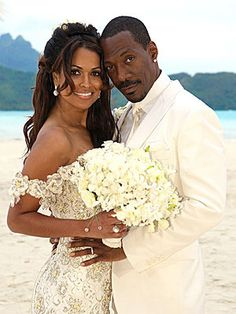 In 1993 at the famed Plaza Hotel in New York, Eddie Murphy married model Nicole Mitchell. In 1993 at the famed Plaza Hotel in New York, Eddie Murphy married model Nicole Mitchell. Celebrity Wedding Photos, Celebrity Wedding Dresses, Celebrity Couples, Celebrity Weddings, Eddie Murphy, Nicole Murphy, Star Wedding, Wedding News, Tracey Edmonds