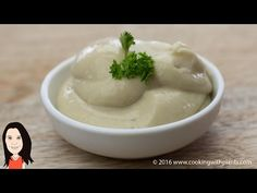 This easy vegan mayonnaise recipe has no soy and no oil in it. AND, for an extra healthy twist it uses a special ingredient, which means you can indulge as much as you like. It will keep in the fridge for about 5 days. Vegan Sauces, Vegan Foods, Vegan Dishes, Vegan Recipes, Free Recipes, Vegan Mayonaise, Mayonaise Recipe, Recipe Soy, Fat Free Mayonnaise Recipe