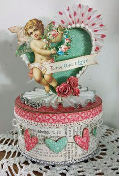 I'm smitten with this fabulous Valentine box!! --  (IMG_1154)