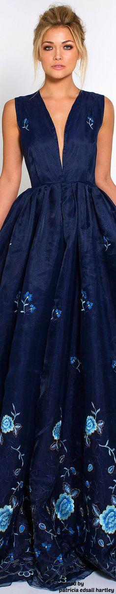 shades of blue Pretty Dresses, Blue Dresses, Prom Dresses, Formal Dresses, Beauty And Fashion, High Fashion, Beautiful Gowns, Beautiful Outfits, Fashion Vestidos