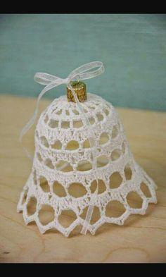 Crochet Stars, Crochet Snowflakes, Crochet Flowers, Free Crochet, Christmas Angel Ornaments, Crochet Christmas Decorations, Christmas Bells, Crotchet Patterns, Knitting Patterns