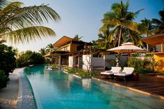 Stunning Getaway Resort in the Maldives: Coco Privé Kuda Hithi Island   http://www.designrulz.com/design/2013/07/stunning-getaway-resort-in-the-maldives-coco-prive-kuda-hithi-island/