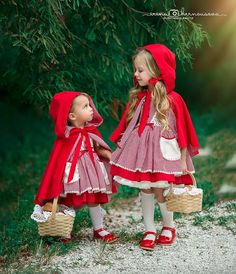 Oh these two. Costume Halloween, Little Girl Halloween Costumes, Red Riding Hood Costume Kids, Red Riding Hood Party, Toddler Costumes, Baby Costumes, Kids Costumes Girls, Princess Tutu Dresses, Adult Costumes