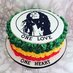 Bob Marley silhouette ruffle raggae cake.