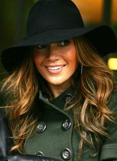 Jennifer Lopez <3 her hair and style , she just gets better with age !!