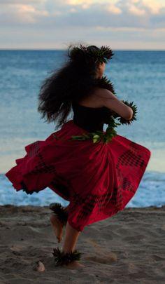 TALLER DE LOMI LOMI HEARTWORKS: 16 al 18 de AGOSTO, 2013, URUGUAY Un estilo de masaje holístico proviniente de Polinesia: mente-cuerpo-espíritu.