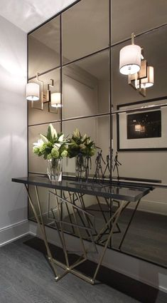 Check this, you can find inspiring Photos Best Entry table ideas. of entry table Decor and Mirror ideas as for Modern, Small, Round, Wedding and Christmas. Living Room Paint, Living Room Decor, Bedroom Decor, Bedroom Benches, Decor Room, Entry Tables, Console Tables, Hallway Tables, Dining Table