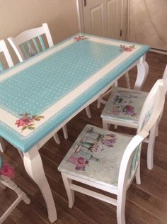 Turquoise and White Dining Set