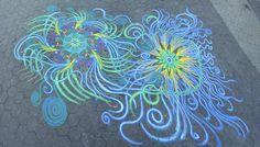 As pinturas de areia colorida de Joe Mangrum.    http://irresistiveis.com.br/as-pinturas-de-areia-colorida-de-joe-mangrum/#