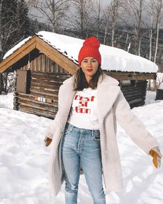 C'est Si Bon — Sarah Christine - Winter snow outfit white faux shearling coat and sorel boots with jeans whislter - Snow Outfits For Women, Winter Outfits For Teen Girls, Winter Outfits For School, Winter Outfits Women, Casual Winter Outfits, Winter Fashion Outfits, Winter Snow Outfits, Snow Fashion, Outfit Winter