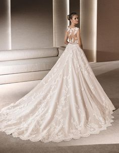 ROBY, Wedding Dress