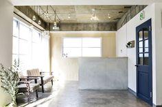 IERI/Osaka|サロン制作事例|SALON|美容室(サロン)の設計・内装・インテリア≪タフデザインプロダクト≫ Arch Interior, Studio Interior, Interior Styling, Interior Design, Cafe Design, Store Design, Barber Shop Decor, Shops, Industrial Interiors