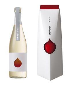 パッケージ・瓶ともに、真っ白な雪景色に凛と咲く紅梅の花弁をイメージし、高級感と視認性を高めたデザインとなっています。…