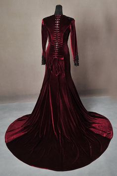 Once Upon A Time Regina Evil Queen Inspired Red by AddictedToMagic
