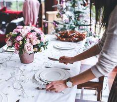 Variedad de platos, colocación de la cubertería, protocolo y decoración. La cena de Navidad puede ser un gran quebradero de cabeza si tienes muchos...