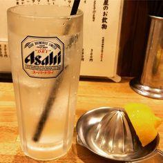 KABURAYA かぶら屋 千歳船橋店 Fresh Squeeze Lemon Sour  Follow us : www.nightlifejp.com  #かぶら屋 #kaburaya #nightlifejapan #tokyo #chitosefunabashi  #東京 #千歳船橋 #instafood #foodstagram  #foods #foodie #japanfood #japanesefood #japanesepub #bar #lemonsour #pub #japanesebar #izakaya #tokyotrip #leisure #japantrip #japantravel #japandrink #instatravel #instatraveling #instatrip #photooftheday #booze #👍