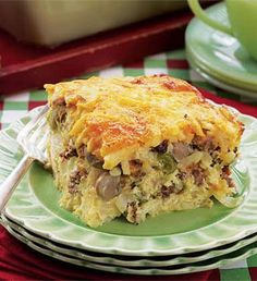 Recipe: Company Breakfast Casserole Summary: For a southwest flair, replace the mushrooms with a small can of sliced olives, add Monterey Jack cheese instead of Cheddar and serve with spicy salsa on the side. Ingredients 16-oz. pkg. shredded frozen hashbrowns, thawed and divided 1 onion, chopped and divided 1 pound ground pork sausage, browned and …