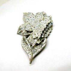 Rhinestone Trembler Brooch - Vintage, 1930s Rhinestone Floral Pin by MyDellaWear on Etsy $70