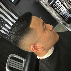 barbercarlo_Short Hair for Men Mid Skin fade