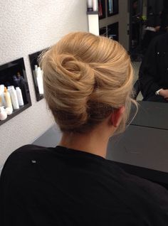 French Twist Updo, French Twists, French Pleat, Aveda, Hair Wedding, Updos, Hair Inspiration, Blonde Hair, Wedding Hairstyles