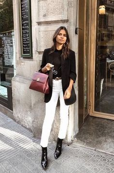 20 Ways to Style Your Jeans This Fall - Cropped - Ideas of Cropped - White cropped jeans black ankle boots black sweater black blazer = Perfect jeans work outfit Mode Outfits, Jean Outfits, Office Outfits, Dress Outfits, Dress Pants, Fashion Dresses, Jeans Outfit For Work, Outfit Jeans, Black Blazer Outfits
