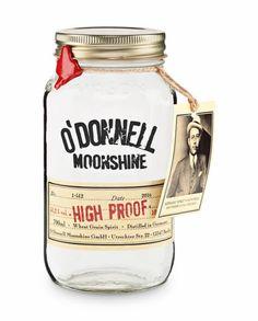 O'Donnell Moonshine Original (700ml)  €24,90  Das Original: IM FASS GEREIFTER O'Donnell Moonshine  Ohne künstliche Aromen! 38% Vol., 0,7 Liter  O'Donnell Moonshine bringt den Geschmack der alten Zeit zurück – durch reine Rohstoffe und traditionelle Verarbeitungsmethoden. One jar at a time.  Abgabe nur an Personen, die das 18. Lebensjahr vollendet haben. 1 Liter = 35,57€