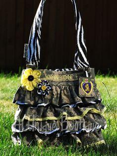 Military pride hand bags. So cute. :-)
