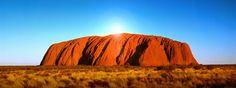 Uluru im Australien Reiseführer http://www.abenteurer.net/3392-australien-reisefuehrer/