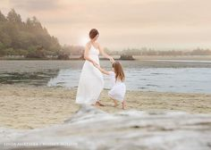family pictures, what to wear for family pictures, family picture ideas, mommy and me photo shoot, beach photo shoot,  beyond the wanderlust, Inspirational Photography blog, whimsy hollow photography