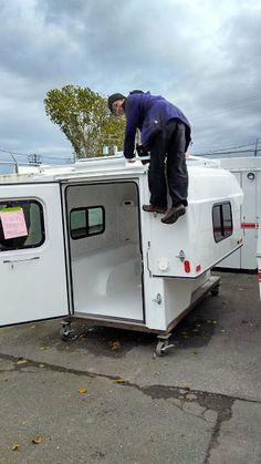 Tacoma Camper Shell, Truck Camper Shells, Truck Bed Camper, Pickup Camper, Truck Cap Camping, Small Camping Trailer, Toyota Camper, Fiberglass Camper, Camper Tops