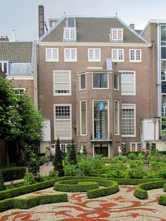 backyard of the Willet-Holthuysen museum, Amsterdam