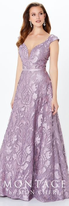 Modern Mother of the Bride dresses from the Montage collection by Mon Cheri feature modern sophistication in jacket sets or classic sleeveless options. Mob Dresses, Fashion Dresses, Formal Dresses, Formal Outfits, Emo Outfits, Emo Fashion, Lace Dresses, Dress Lace, A Line Gown