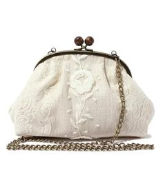 Balcony and Bed : アンティークチュールレースがま口バッグ Lace Purse, Rose Lace, Vintage Bags, Luxury Bags, Coins, Kawaii, Handbags, Embroidery, Wallet