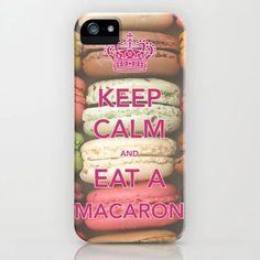 """surtout """"EAT A MACARON"""" lol"""