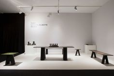 victoria wilmotte table 1