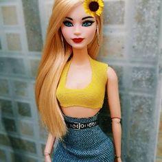 Parceria é parceria, em qualquer situação, em qualquer lugar, a qualquer hora. 💘💕 Barbie Model, Barbie And Ken, Ariana Grande Background, Selena Gomez Photoshoot, Barbie Summer, Barbies Pics, Barbie Clothes Patterns, Beautiful Barbie Dolls, Barbie Fashionista