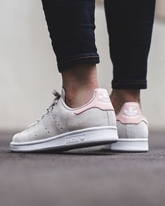 Adidas Stan Smith W - Peach Green/Footwear White/Vapour Pink  available @titoloshop ⬆️ link in bio.