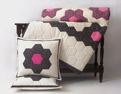 FREE SHIPPING!, Honeycomb Queen Quilt, Patchwork Bed Cover, Patterned Bed Quilt, With Cover Pillows