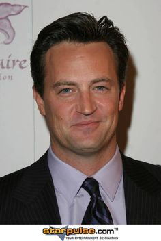 Matthew Perry is a Canadian Emmy nominated actor who is best known for his role… Canadian People, Canadian Things, I Am Canadian, Hot Actors, Actors & Actresses, Men Makeup, Matthew Perry, Canada Eh