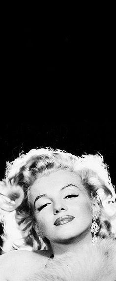 1957: Marilyn Monroe …. #marilynmonroe #pinup #monroe #normajeane #iconic #sexsymbol #hollywoodlegend #hollywoodactress #1950s