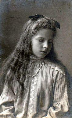 Prinzessin Helene von Griechenland of Greece, future Crown Princess of Romania Romanian Royal Family, Greek Royal Family, King George I, Greek Royalty, Princess Katherine, Queen Sophia, Grand Duchess Olga, Young Prince, Princess Victoria