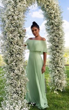 vestido longo verde menta plissado