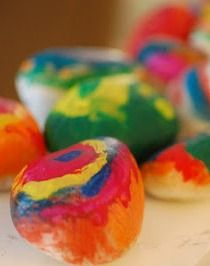 Get inspired by colored Easter eggs and create these cool melted crayon rocks. See how right here! | easy kids crafts