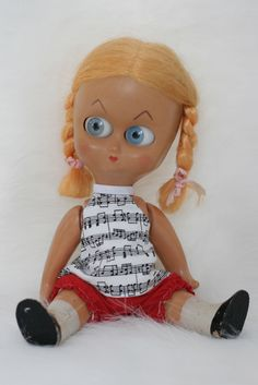 Vintage Dedo Doll by Ad Sutton & Sons - WANT IT