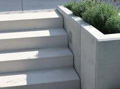 The post Conturo Weißgrau. appeared first on Vorgarten ideen. Patio Stairs, Garden Stairs, Backyard Patio, Backyard Landscaping, Modern Garden Design, Patio Design, Landscape Design, Back Gardens, Outdoor Gardens