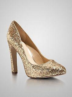 yep I love sparkles.  gold sparkle heels.