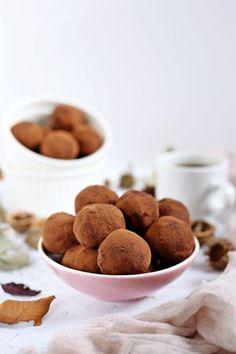 Kávés kekszgolyó Health Eating, Winter Food, No Bake Cake, Cereal, Xmas, Christmas, Sweets, Cookies, Baking