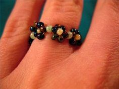 How to Make a Flower Bead Ring